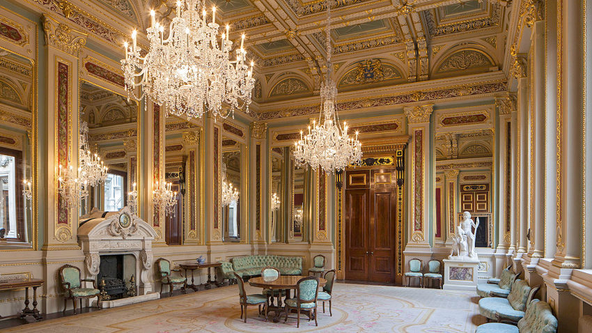 The Paintings in Hospitals 60th Anniversary Gala Dinner will hold a sparkling drinks reception in the Drawing Room of Drapers