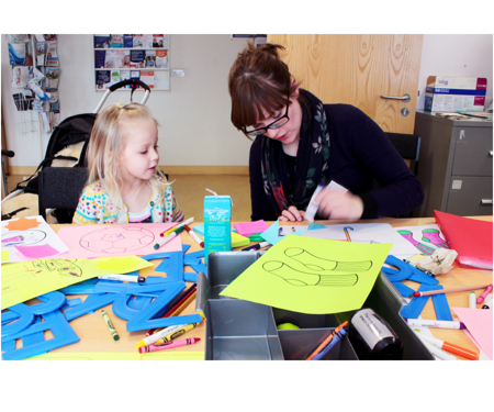 A Paintings in Hospitals family art workshop