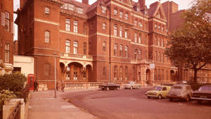 The National Hospital for Neurology and Neurosurgery. Circa 1960. The birthplace of Paintings in Hospitals.